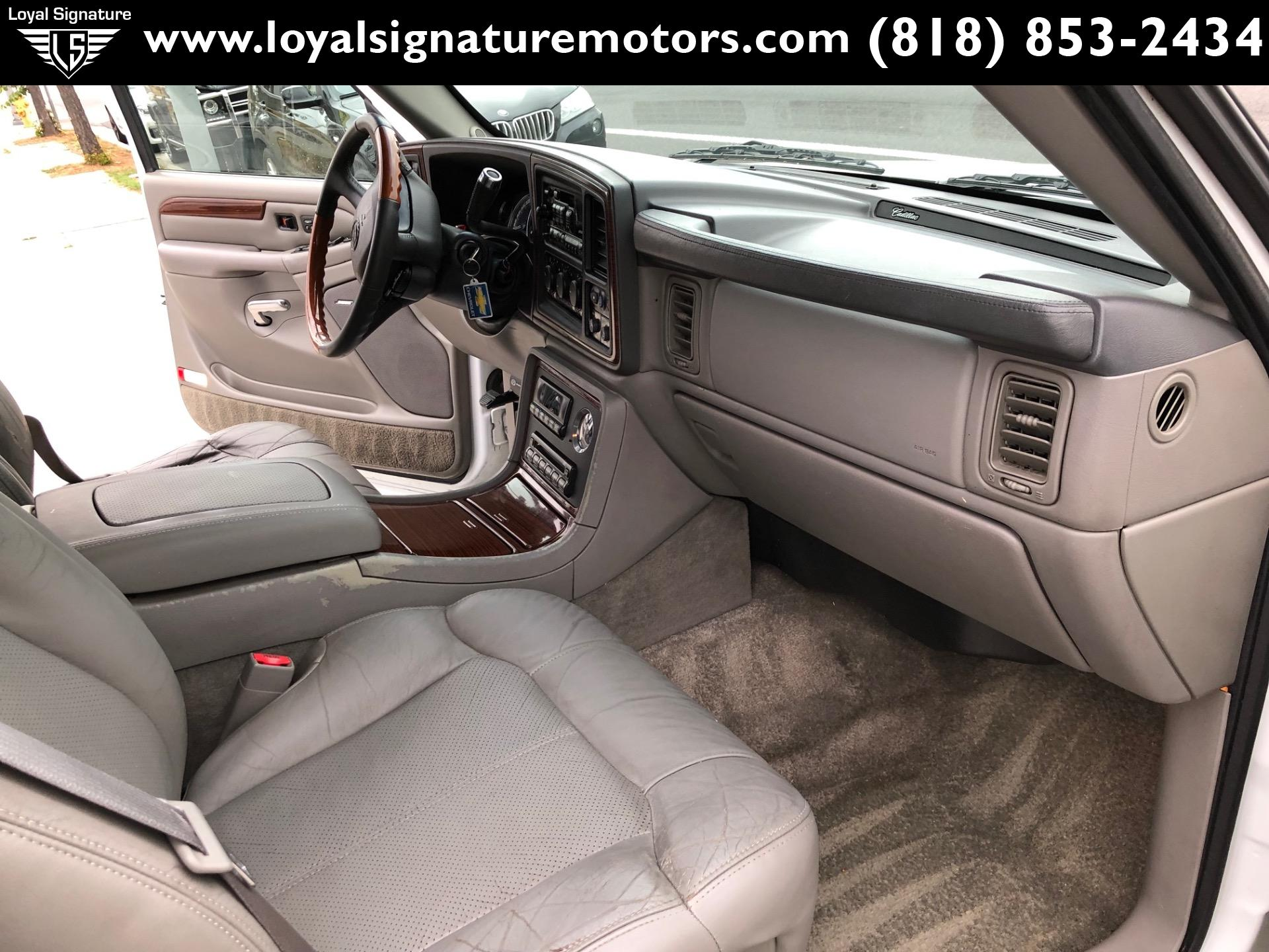 Used-2002-Cadillac-Escalade