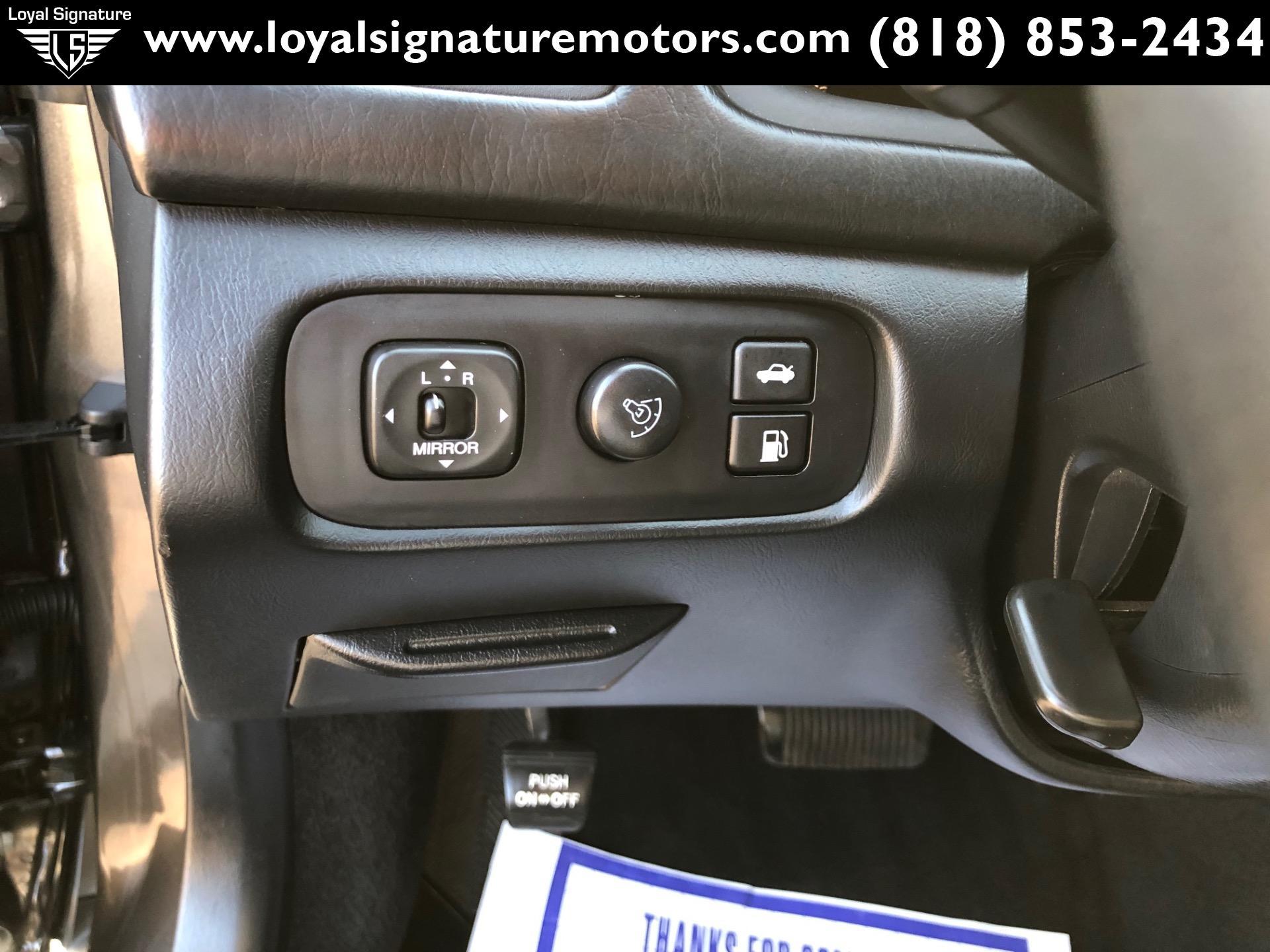 Used-2001-Lexus-ES-300