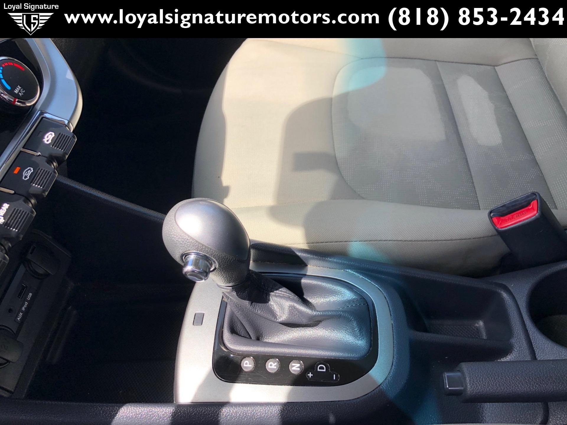 Used-2013-Kia-Rio-5-Door-LX