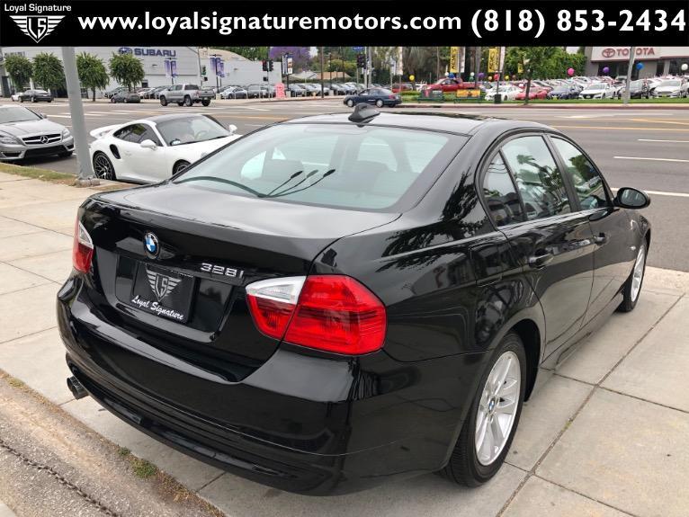 Used-2007-BMW-3-Series-328i