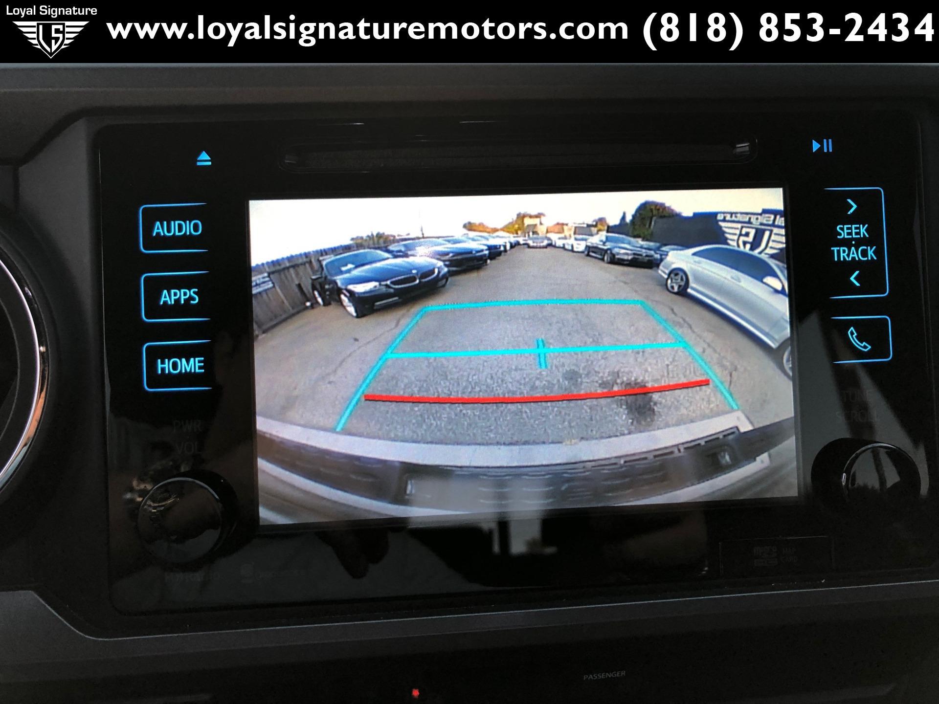 Used-2016-Toyota-Tacoma-TRD-Sport