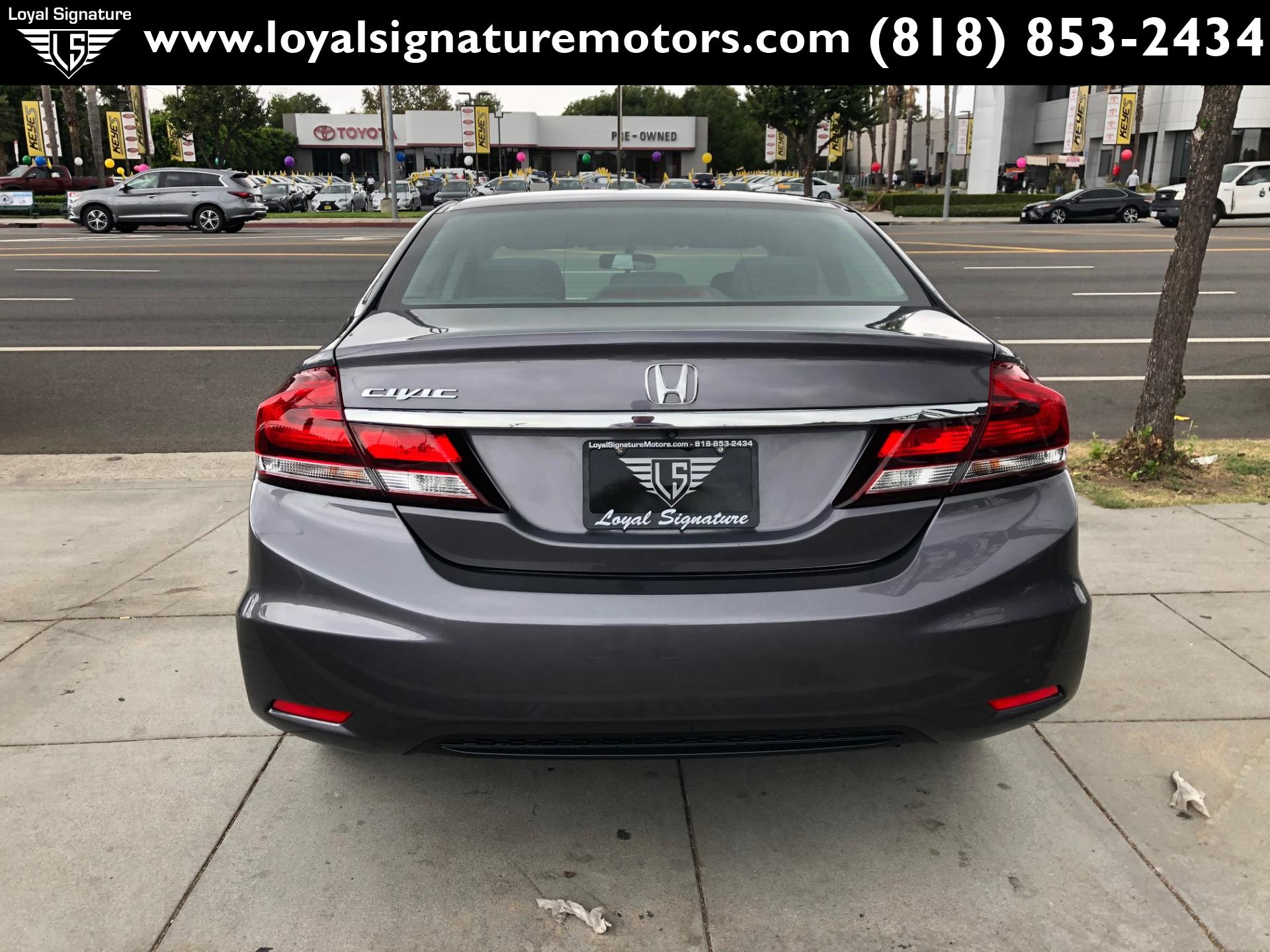 Used-2015-Honda-Civic-SE