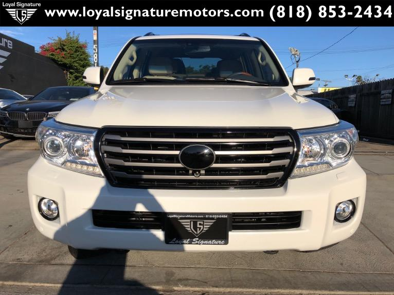 Used-2014-Toyota-Land-Cruiser