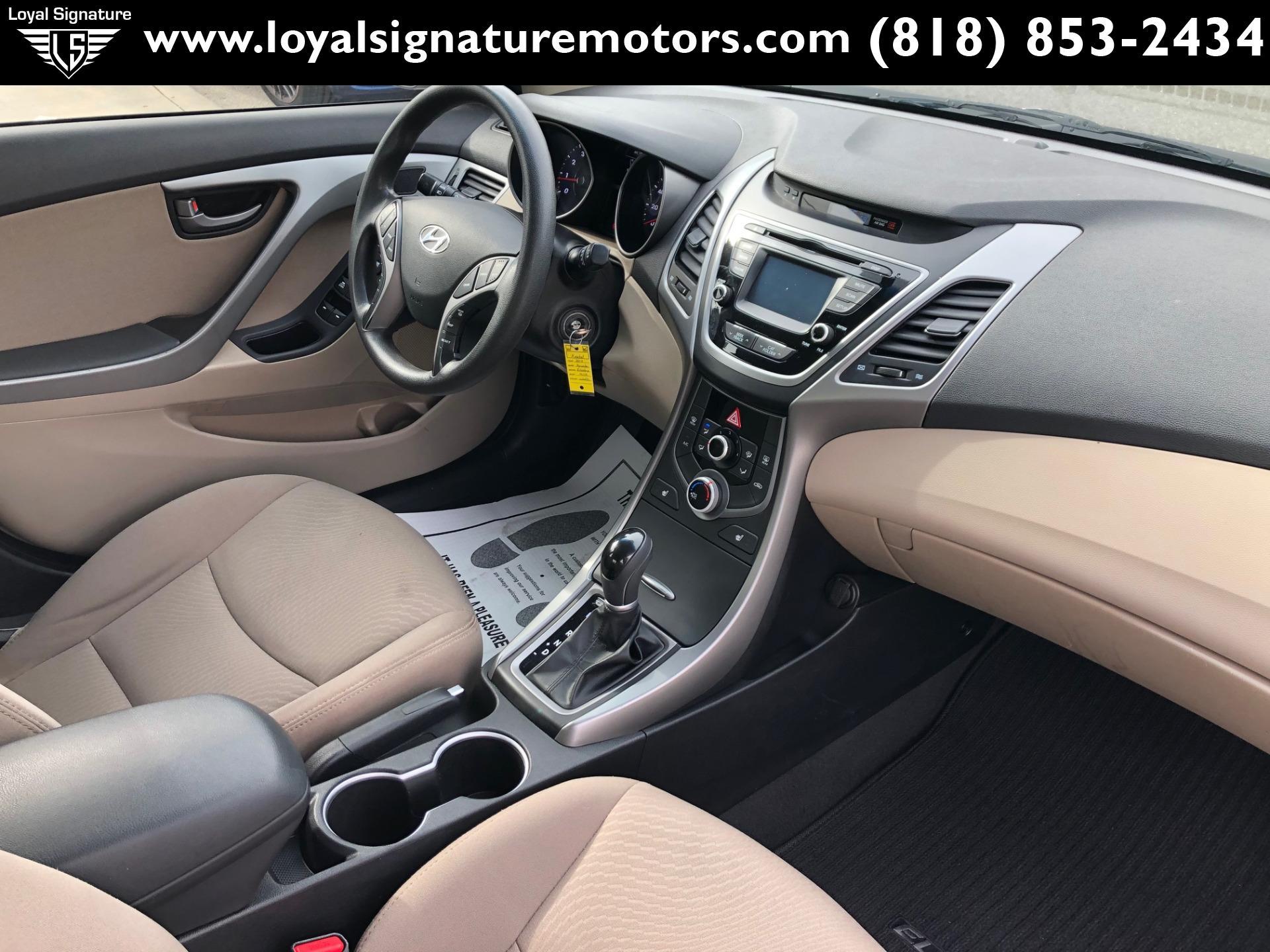 Used-2014-Hyundai-Elantra-SE