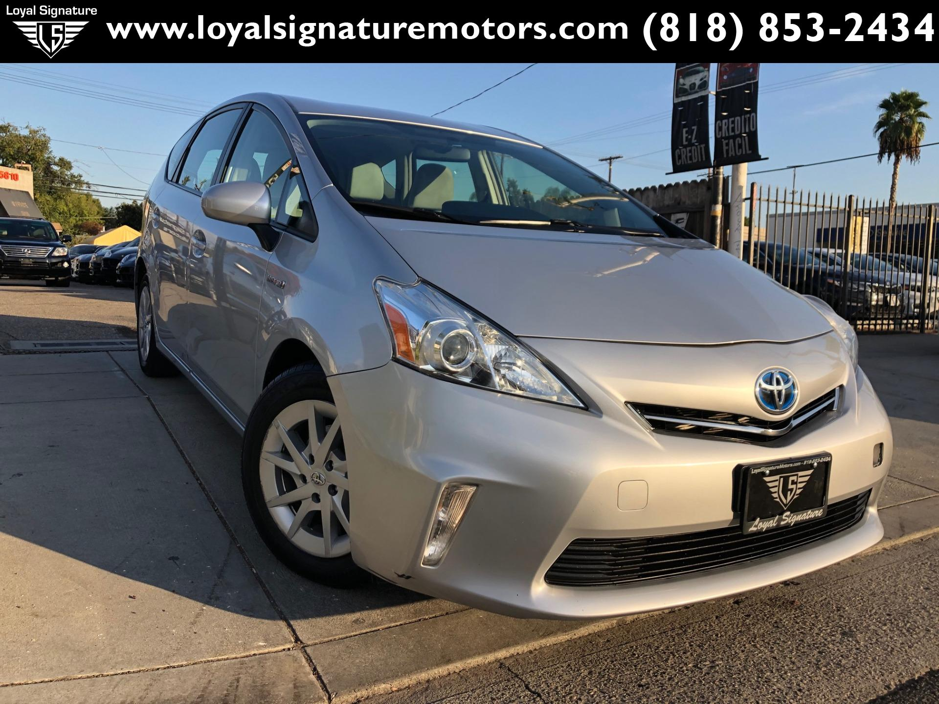 Used 2012 Toyota Prius v Three | Van Nuys, CA