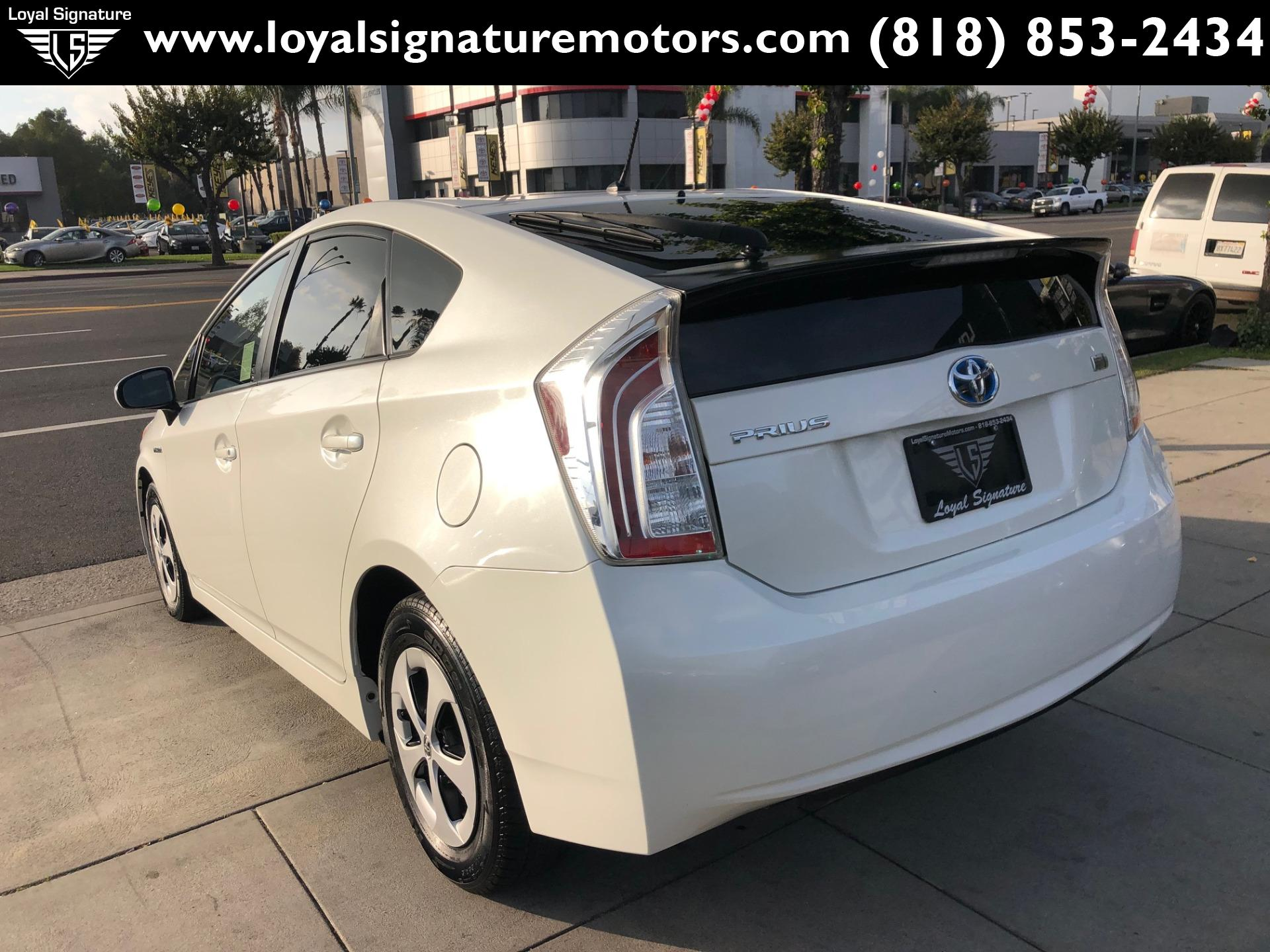 Used-2012-Toyota-Prius-Two