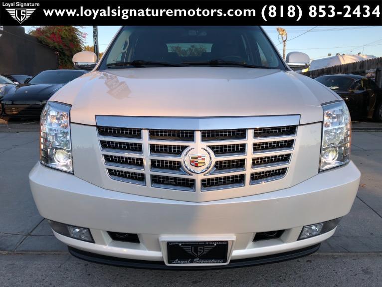 Used-2013-Cadillac-Escalade-Hybrid