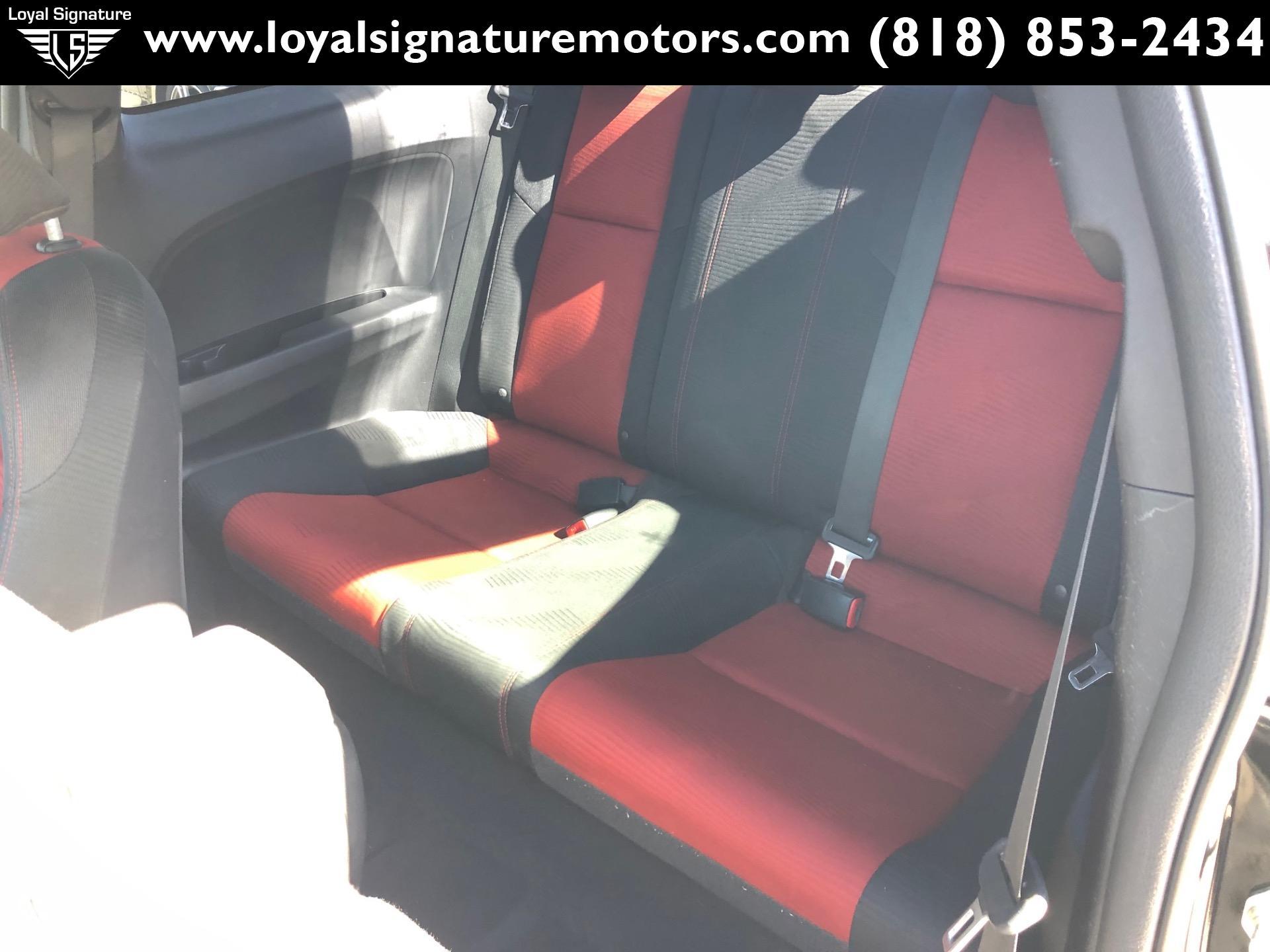 Used-2014-Honda-Civic-Si