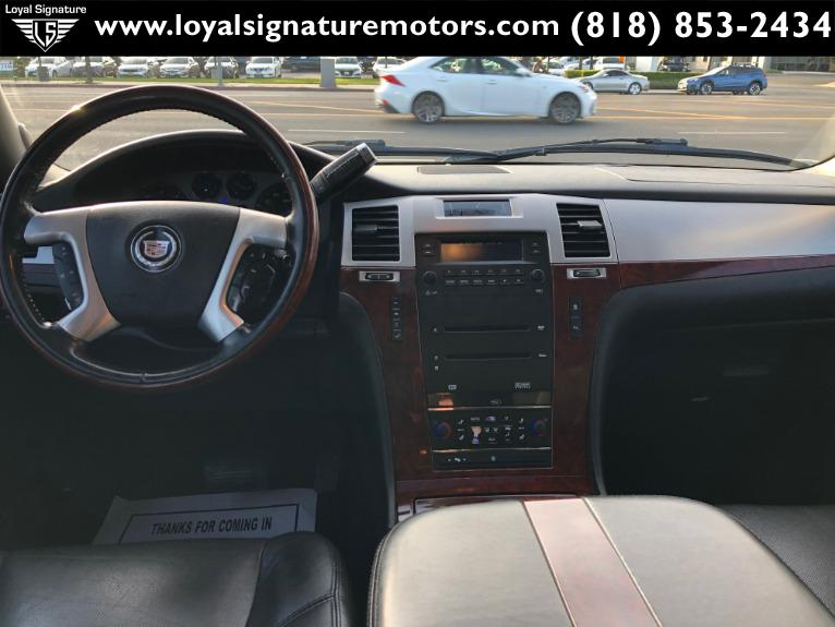 Used-2007-Cadillac-Escalade