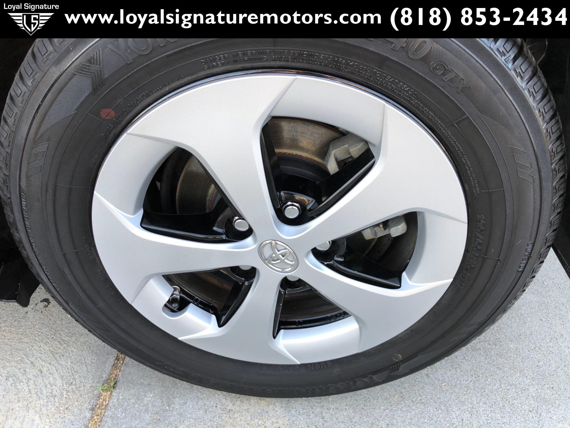 Used-2015-Toyota-Prius-Five