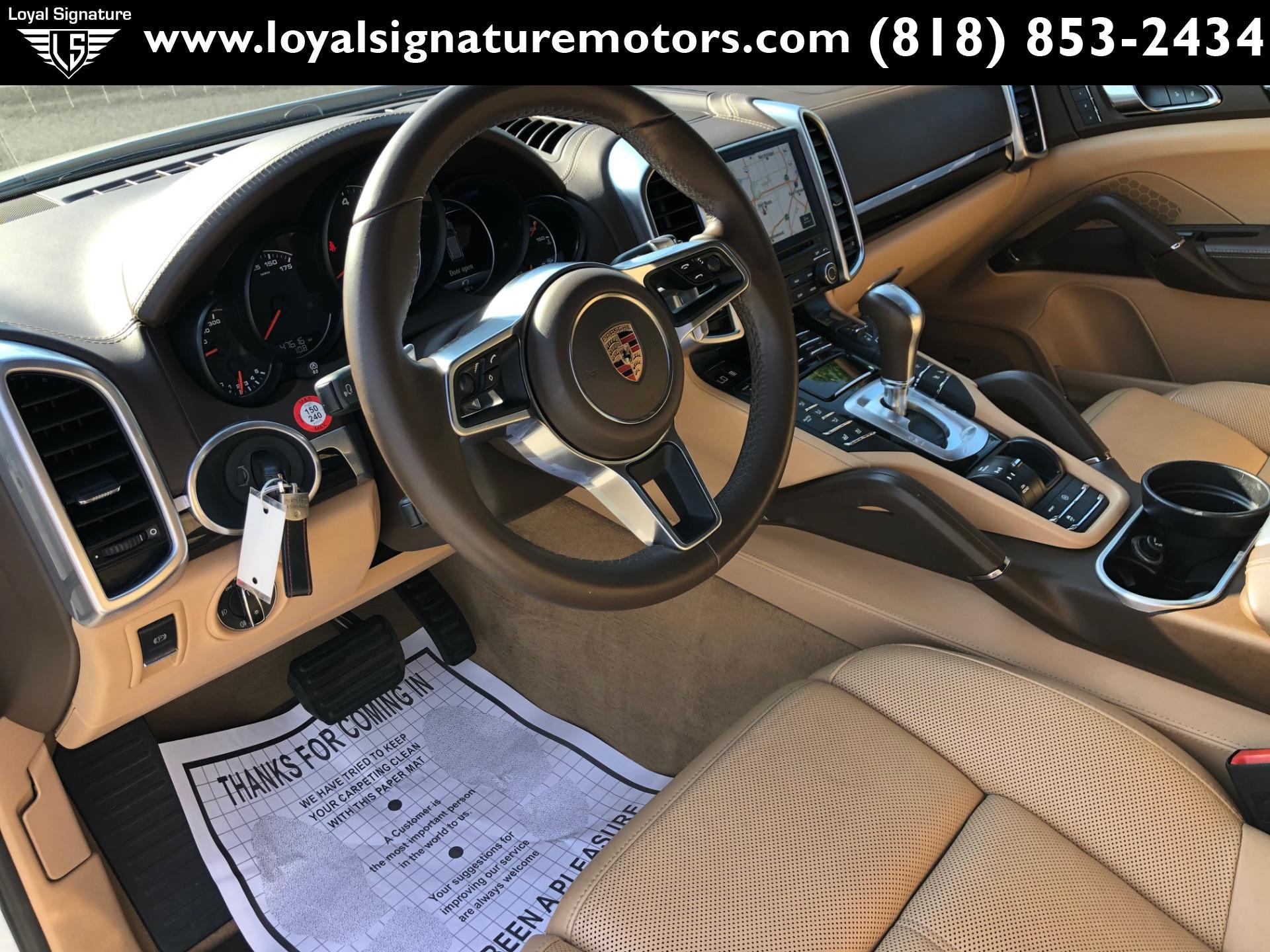 Used-2017-Porsche-Cayenne-PLATINUM