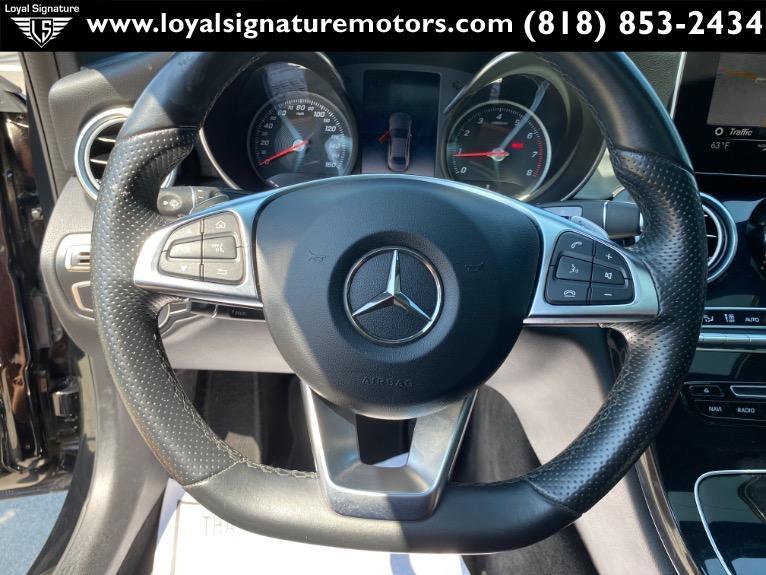 Used-2018-Mercedes-Benz-C-Class-C-300
