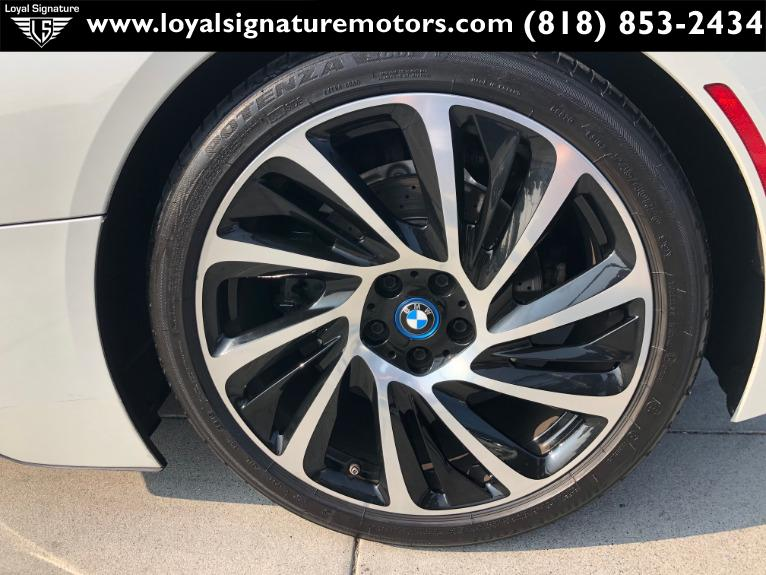 Used-2015-BMW-i8-Base
