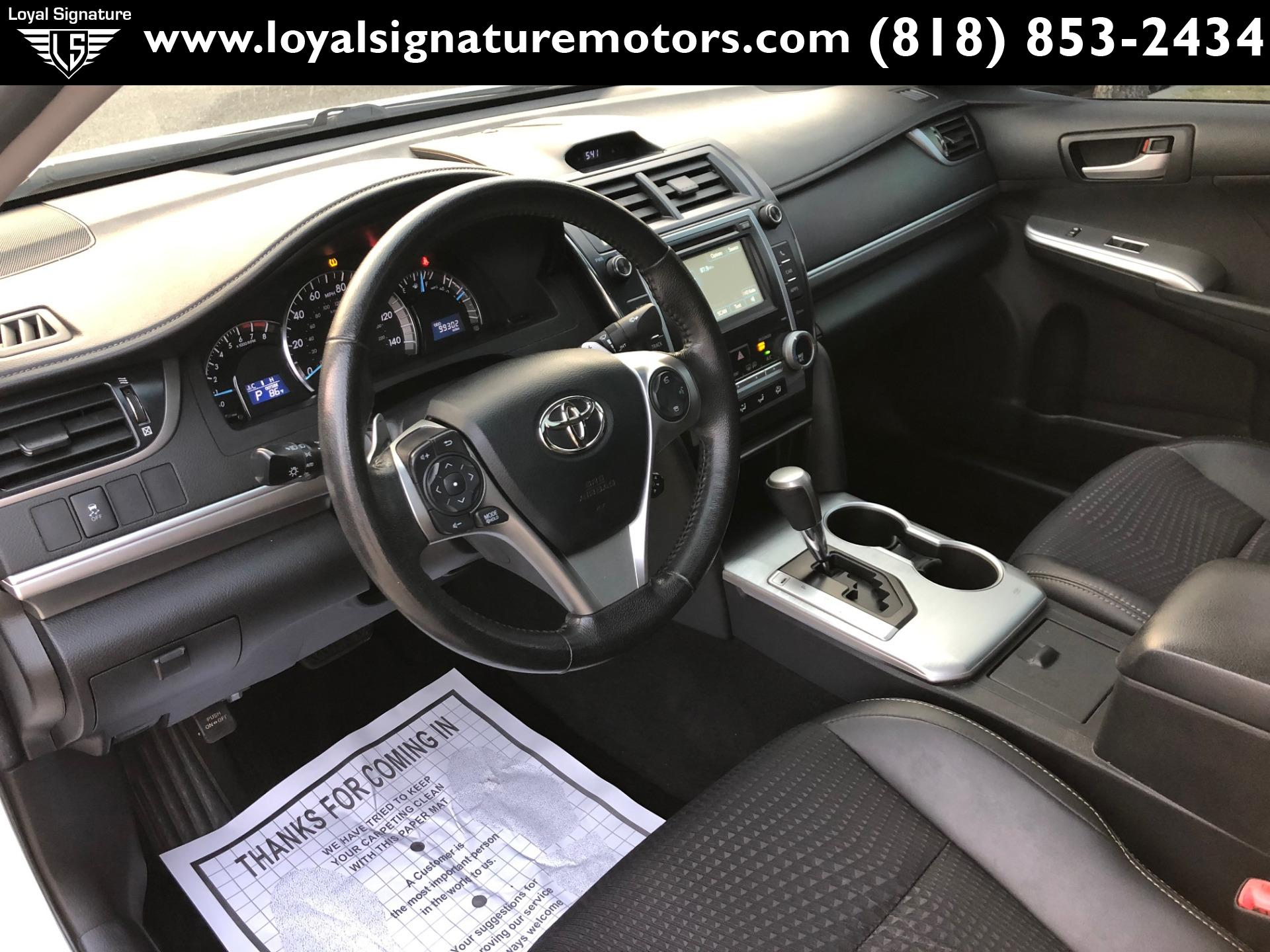 Used-2012-Toyota-Camry-SE