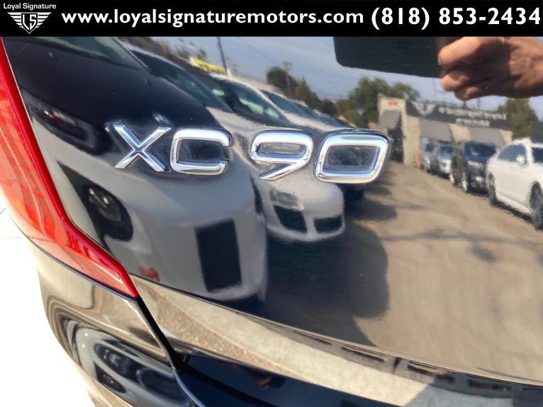 Used-2016-Volvo-XC90-T6-Momentum