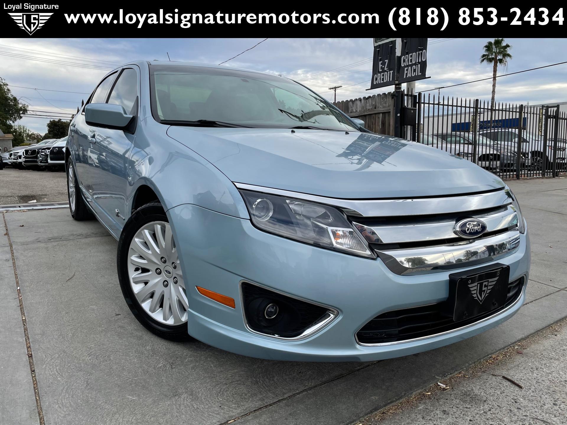 Used 2010 Ford Fusion Hybrid  | Van Nuys, CA