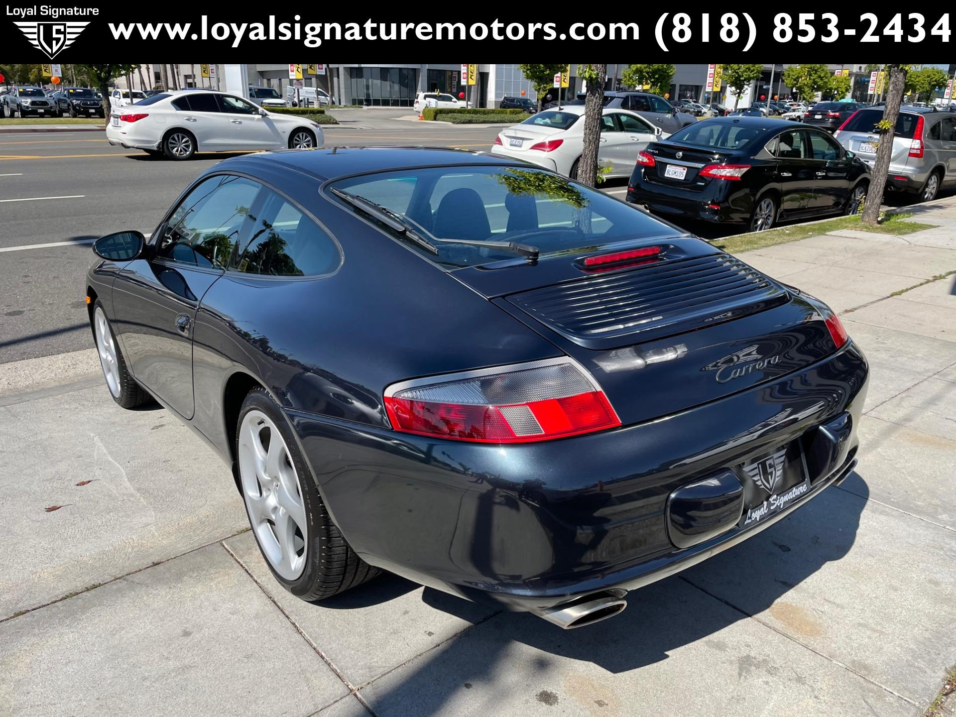 Used-2004-Porsche-911-Carrera