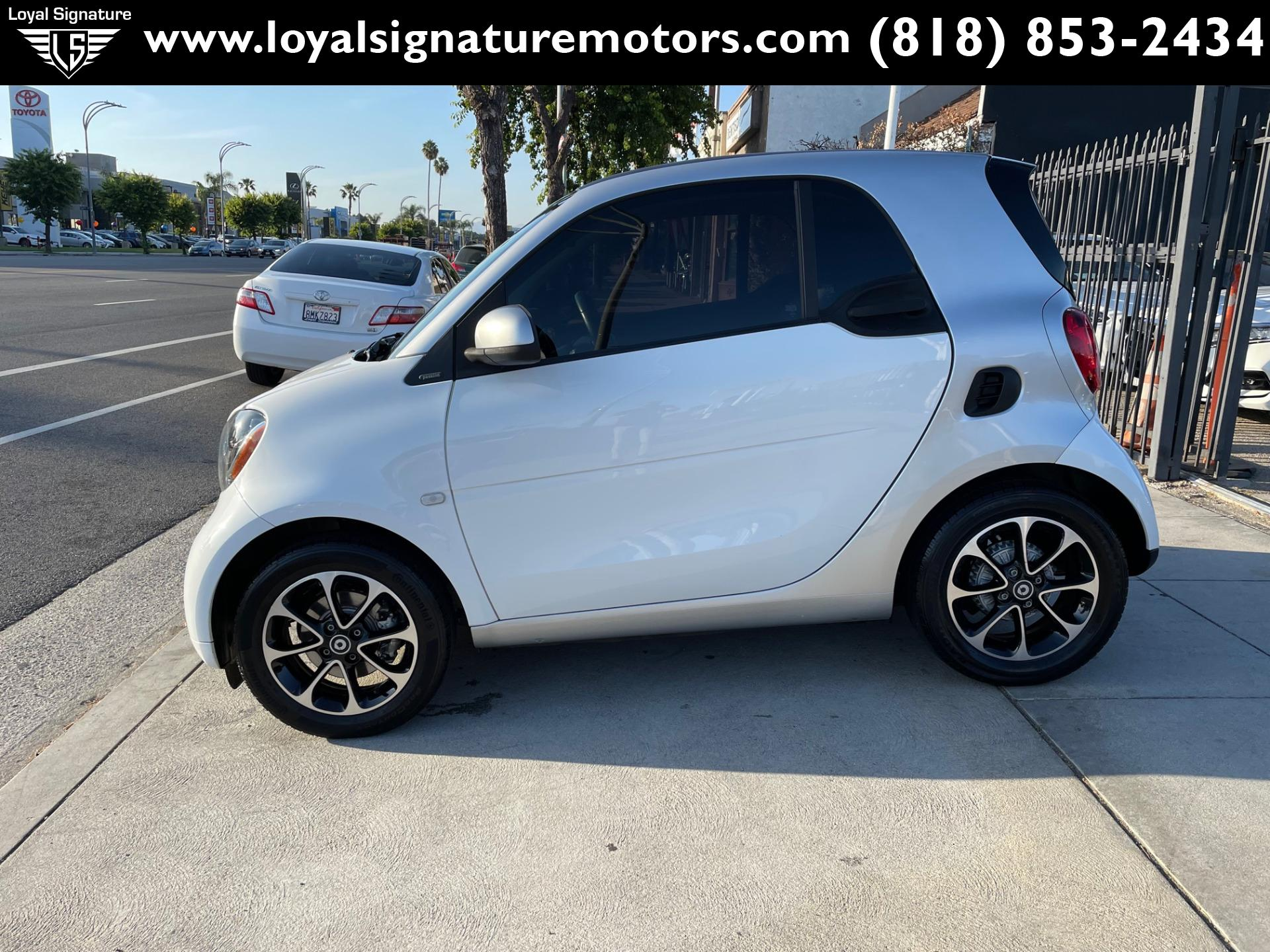 Used-2016-Smart-fortwo-passion