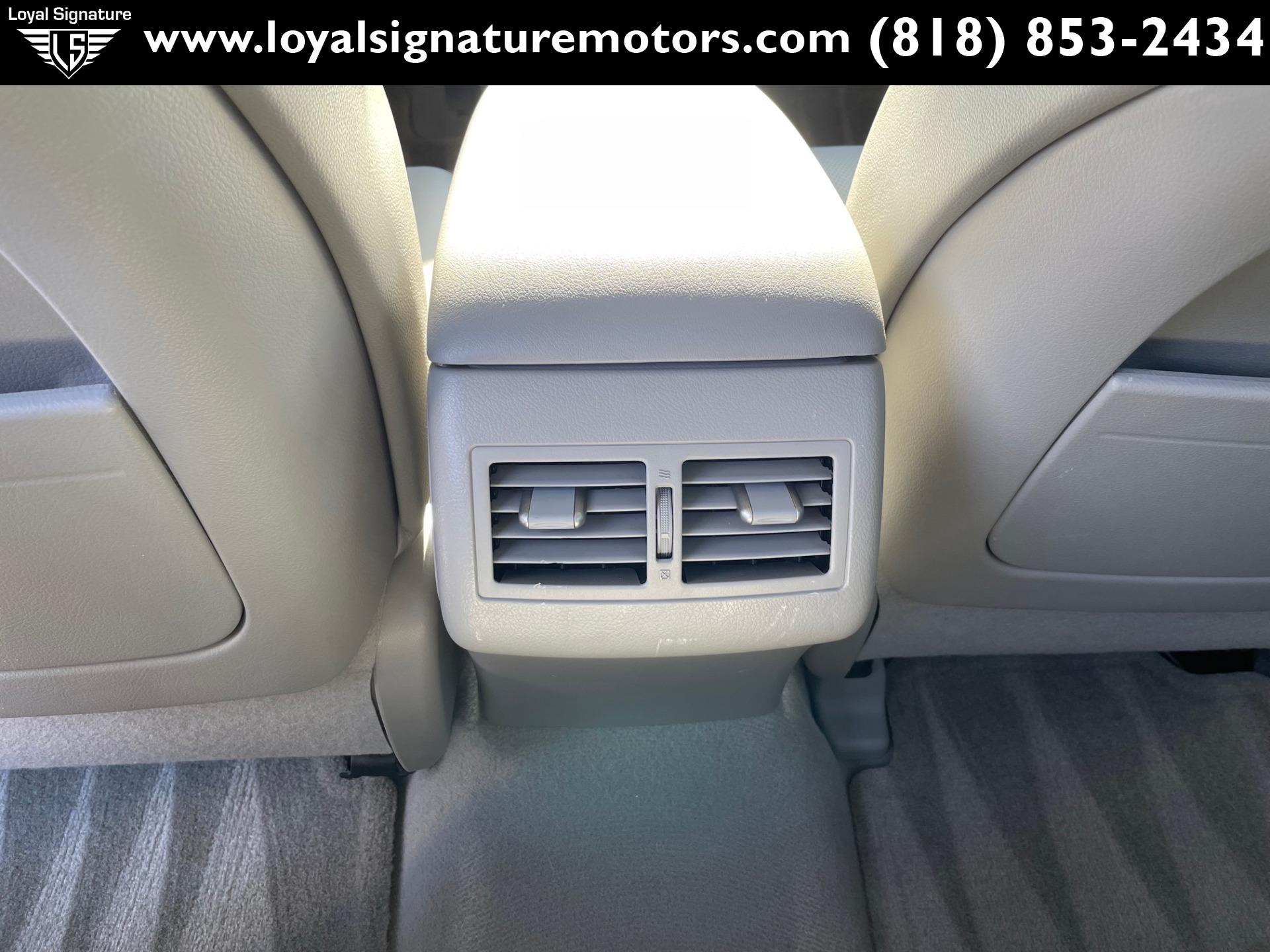 Used-2007-Toyota-Camry-Hybrid