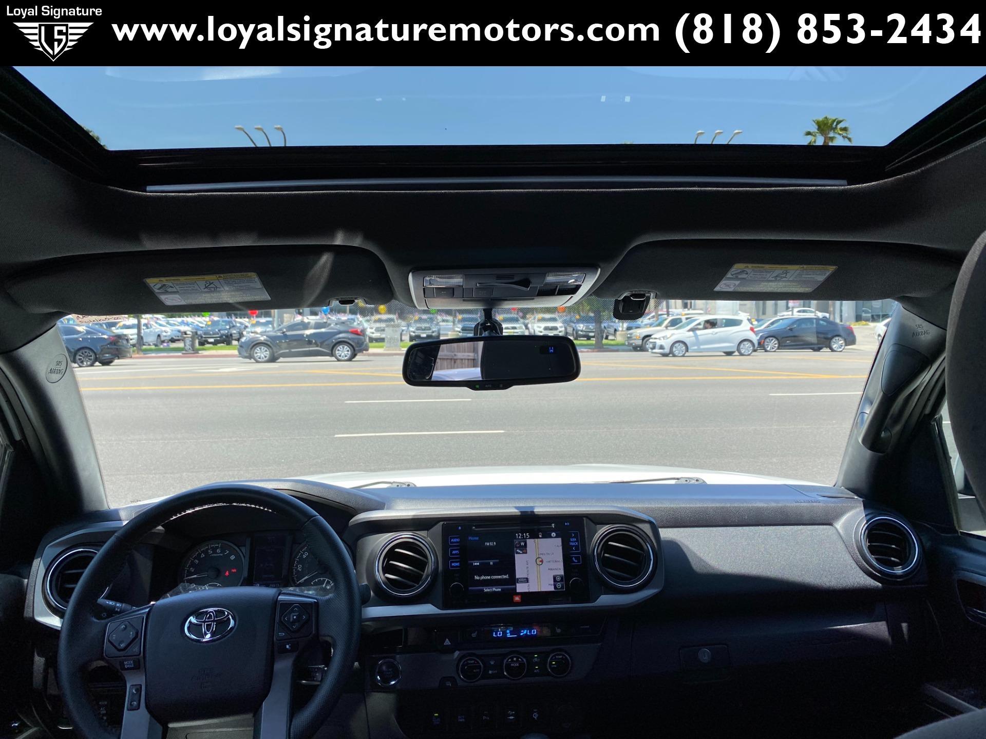 Used-2016-Toyota-Tacoma-TRD-Off-Road