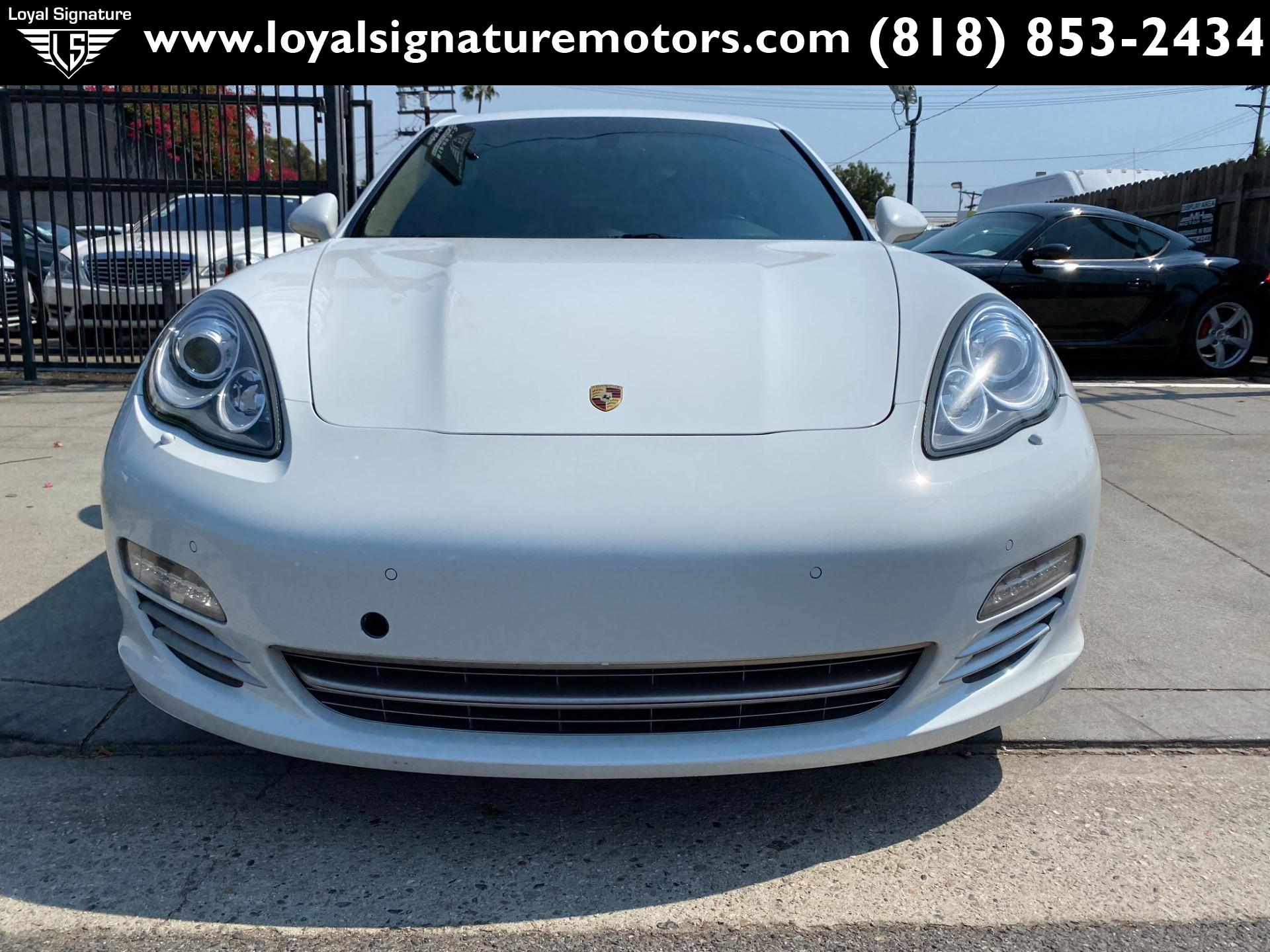 Used-2013-Porsche-Panamera-Platinum